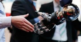 Los robots van a colaborar con los humanos, no a reemplazarlos